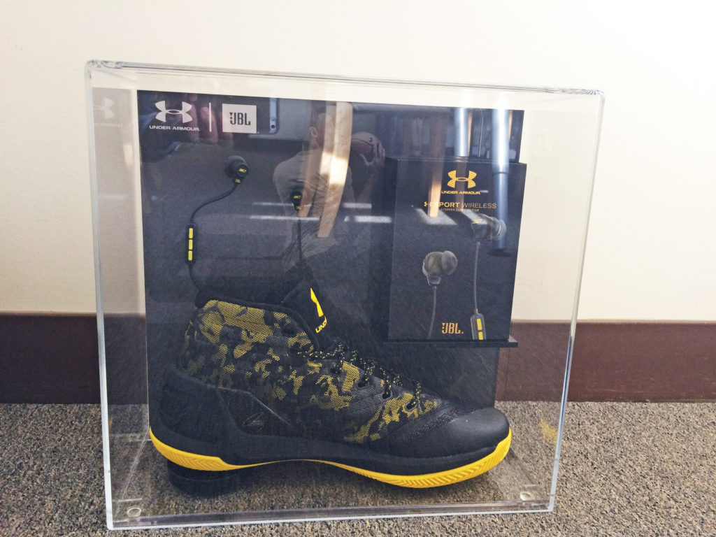 Corporate Gift   JBL / Under Armour